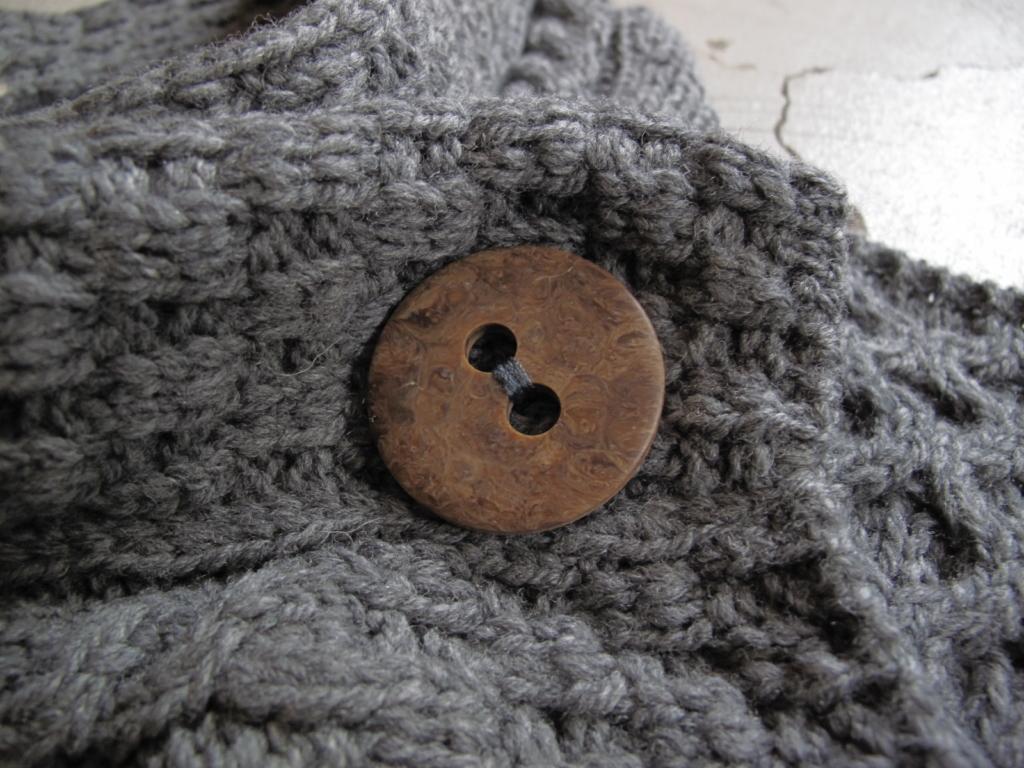 carraig vest (2)