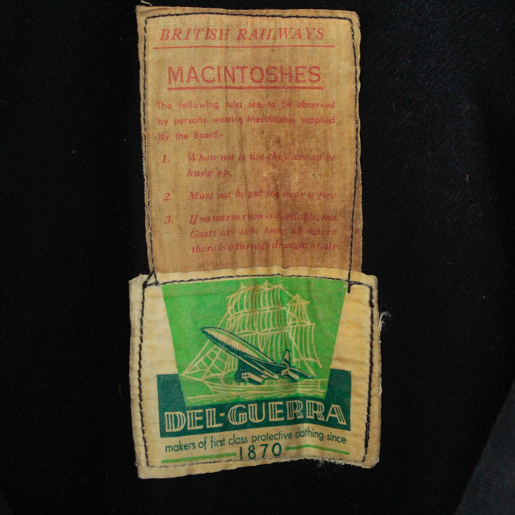 vintage_britishrailwaysmacintoshesoat1601-0042-20